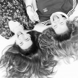 Twee vriendinnen fotoshoot fun