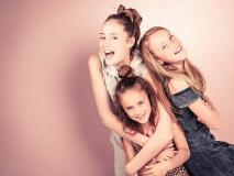 gezellige vriendinnen fotoshoot bij Shoots and More