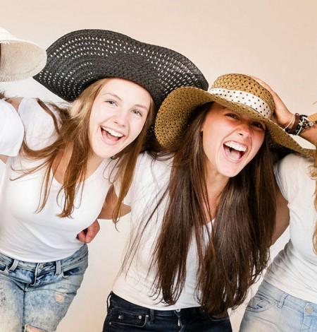 vriendinnen fotoshoot in studio Den Haag Shoots & More