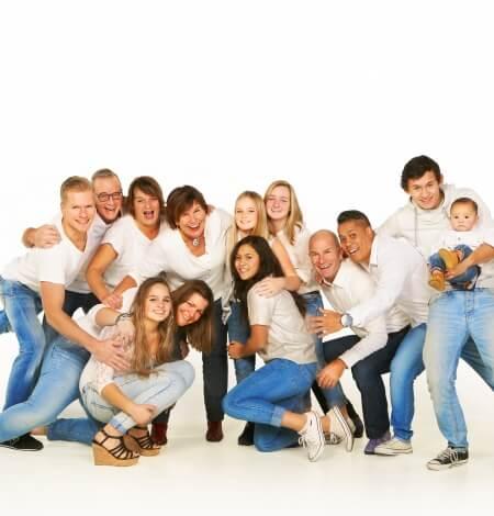 familiefoto door fotograaf gemaakt, fotostudio: Breda