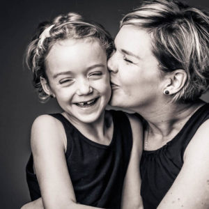 moeder en dochter op de foto