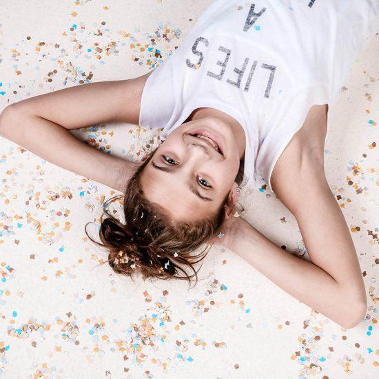 Fotoshoot met confetti voor kinderen